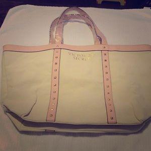 Oversized travel/weekender tote bag